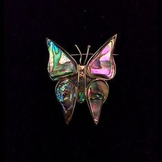 Catawiki online auction house: Brooch with mother of pearl in shape of a butterfly