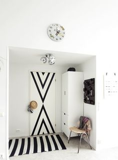 Nordic-Bliss-Scandinavian-Style-blogger-home-Lily-hall-way