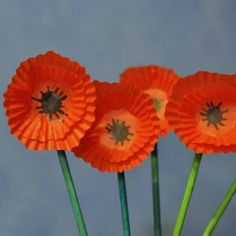anzac day poppy craft for kids--So easy and we still have them out in a jar displayed since Veteran's Day two years ago. Quite pretty. Poppy Craft For Kids, Art For Kids, Crafts For Kids, Arts And Crafts, Kids Fun, Remembrance Day Activities, Remembrance Day Art, Cupcake Liner Crafts, Anzac Day