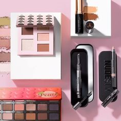 New year, new beauty look! Rebuild your makeup collection during our Beauty Scene event 💄