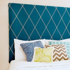 Customize your very own headboard with this serger project! This decorative serger thread technique can also be used in so many other projects...it would make some cool looking pillows too!