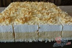 """de The post Cake """"Icy Sky"""" Top-Rezepte.de appeared first on Win Dessert. Cheesecake Recipes, Cookie Recipes, Dessert Recipes, Cheesecake Cookies, Great Desserts, Great Recipes, Lemon Roulade, Baguette Recipe, No Bake Cookies"""