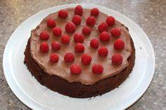 Čokoládová torta s mascarpone a ovocím - recept postup 6 Food And Drink, Pudding, Breakfast, Desserts, Mascarpone, Tailgate Desserts, Dessert, Puddings, Deserts