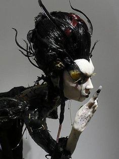 Scary #Gothic witch doll by Virginie Ropar