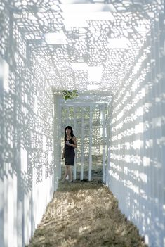 thresholds cemetery sculpture by frances nelson + bradly gunn - designboom | architecture & design magazine