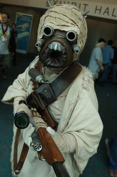 Star Wars. The Comic-Con 2012 Cosplay Gallery. View more EPIC cosplay at http://pinterest.com/SuburbanFandom/cosplay/...