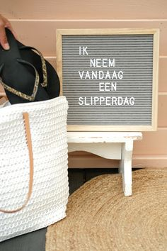 Zomer quotes – Zonnige teksten om in de stemming te komen! Post Quotes, Motivational Quotes For Life, Positive Quotes, Funny Quotes, Inspirational Quotes, Lyric Quotes, Success Quotes, Quotes Quotes, Summer Decoration