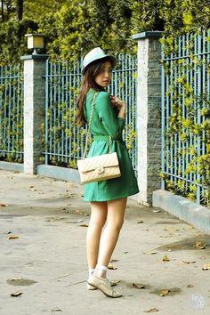 Love this colour green.