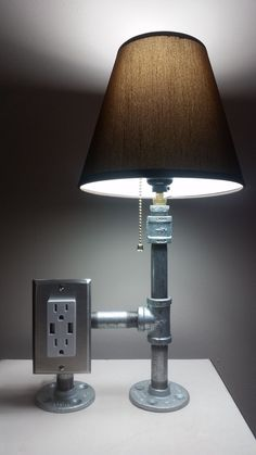 Design Lighting Ideas : Industrial Steel Pipe Desk Lamp with Tamper Resistant Plug and USB Power Pipe Lighting, Lighting Design, Lighting Ideas, Lampe Steampunk, Pipe Decor, Diy Pipe, Metal Desks, Creation Deco, Pipe Lamp