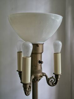 4 Bulb Antique Floor Lamp - First, you need to choose where you need to put lights and the type of lighting you may use. There are modern floor lamps, Floor Lamp Makeover, Diy Floor Lamp, Glass Floor Lamp, Floor Lamp Shades, Antique Floor Lamps, Antique Lighting, Industrial Lighting, Antique Brass, Chandeliers