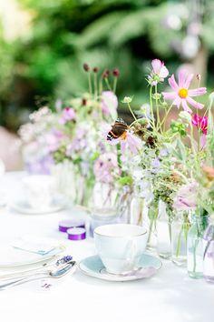 #love #blue #lieschenundruth #butterfly #flower #wedding #susannewysocki #photography