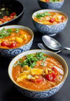 Pimped Vegan Tomato Soup - Not just your regular soup | hurrythefoodup.com