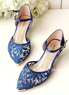 Tendance & idée Chaussures Femme 2016/2017 Description 2013 Summer New Pointy Toe Royal Blue Lace Upper Low Heel 3 cm Elegant Women Wedding Shoes-inPumps f