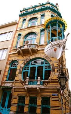 Coolest, ever. Art Nouveau building by Frans Smet-Verhas in Antwerp, Belgium. Yes, thats part of a boat. #Belgium #travel