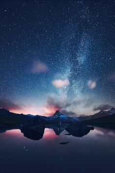 Find images and videos about beautiful, nature and sky on We Heart It - the app to get lost in what you love. Beautiful World, Beautiful Places, January Wallpaper, Sky Full Of Stars, New Backgrounds, Zermatt, Tumblr Wallpaper, Milky Way, Night Skies