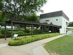 Graceland and priscilla presley on pinterest for Build a racquetball court
