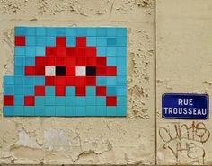 Un Space Invader, rue Trousseau...  (Paris 11ème)