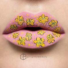 schminktipps andrea reed lippen rosa gelbe blumen