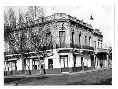 """Café y bar """"La Armonía"""". Esquina demolida por la extensión de la autopista Arturo Frondizi, Street View, Cities, Fotografia, Pictures"""