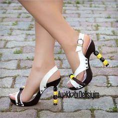 Zara Sarı Beyaz Gerçek Deri Topuklu Sandalet