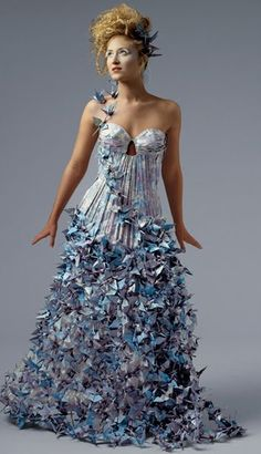 paper dress -- don't love the shape but love the pleating detail & the textured effect!