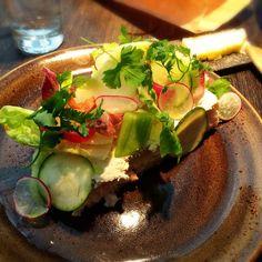 Smörgåstårteriet Stockholm Restaurant, Fresh Rolls, Sweden, Restaurants, Sandwiches, Ethnic Recipes, Food, Essen, Restaurant