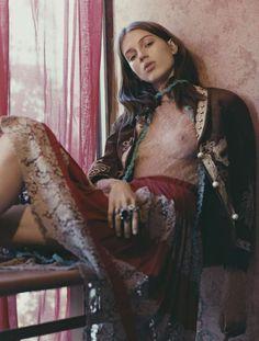 Paolo Zerbini. Sabina Lobova, Harper's Bazaar Brazil, November 2015. [Pinned 13-iii-2016]