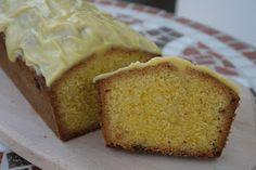 karolina-azzaro: Pomarančový raňajkový chlebík s bielou čokoládou