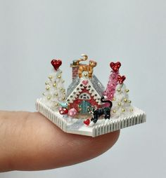 OOAK Miniature Dollhouse Valentine Cat Cottage Holly Allen Handcrafted #Handcrafted