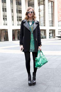 Cute 35+ Best New York Fashion Week Street Style https://www.tukuoke.com/35-best-new-york-fashion-week-street-style-6830