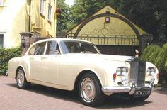 Four-door Sports Saloon by H.J. Mulliner (design 2042), one of the 21 units produced