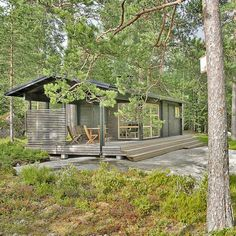242 Sq. Ft. Tiny Modern Prefab Sun House.. original source.. http://www.sunhouse.fi/?page_id=883