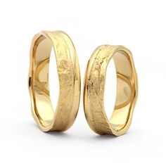 Trauringe Gold : g332 in 585 Gold Ringform: bombiert.