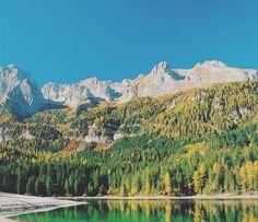 Inizia nuovamente la stagione autunnale con le montagne del Trentino che ci regalano una fantastica esplosione di colori. Mandateci le vostre foto inserendo l'hashtag #trentinoslowtrek le più belle verranno pubblicate sul nostro profilo!!