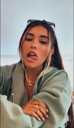 Madison Beer Hair, Estilo Madison Beer, Madison Beer Style, Madison Beer Outfits, Medison Beer, Beer For Hair, Kobe Bryant Michael Jordan, Cindy Kimberly, Cute Jeans