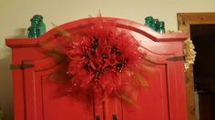 Poinsettia Deco Mesh wreath