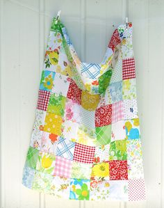 This would be cute with my vintage fabric and made into a apron or table cloth