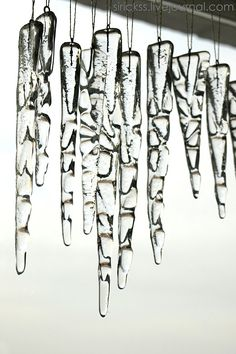 Icicles // omg these are LOVELY. I kinda just want to make em and sell em!