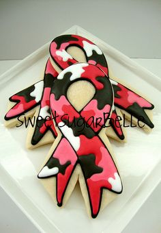 Girly camoflauge suitable for any shape and used well here for the breast cancer awareness logo.