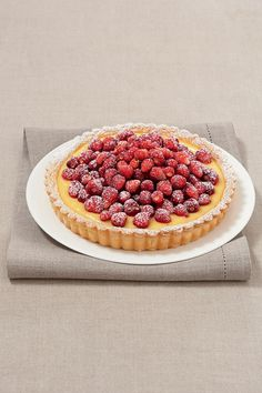 Crostata con crema Chantilly e fragoline