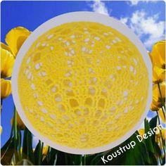 Brug for hjælp? Find svar på de mest stillede spørgsmål til lyskuglerher. Materialer: Bomuld –hæklet i Scheepjes Maxi bonbon –Lemon(ca. 13 gram) Hæklenål 2,0 Trælim Rund bal…