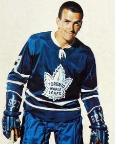 Dave Keon Hockey Shot, Women's Hockey, Hockey Players, Nhl, Canada Hockey, Maple Leafs Hockey, Hockey Pictures, Nfl Fans, Toronto Maple Leafs