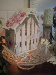 Huevera shabby chic Decoupage, Shaby Chic, Egg Holder, Woody, Quilling, Four Square, Ideas Para, Gingerbread, Shabby