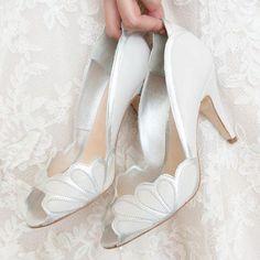 Isabelle Porcelain Leather