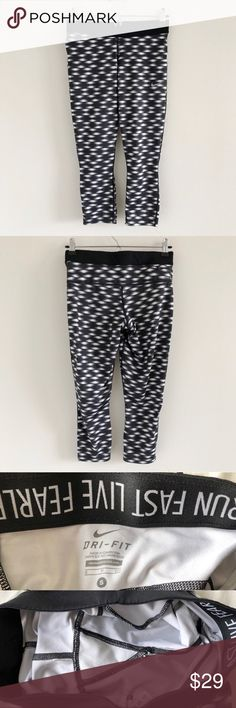 uk availability e0af0 f546b Nike Dri-Fit Printed Relay Capris Size Small