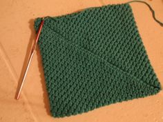 crochet potholder tutorial - I've made these and the double layer creates a great potholder.