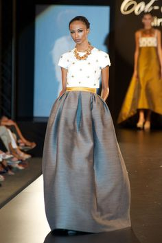 Tot- Hom for me Fashion Week, Love Fashion, Runway Fashion, Mode Outfits, Skirt Outfits, Fashion Outfits, Bcbg Vestidos, Lovely Dresses, Beautiful Gowns