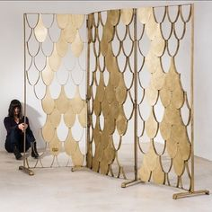 Brass partition, handmade, designed by Noa Kastiel & Yonit Rabinovich Partition Screen, Partition Design, Divider Screen, Hotel Room Design, Interior Design Living Room, Open Concept Office, Living Room Divider, Divider Design, Grill Design