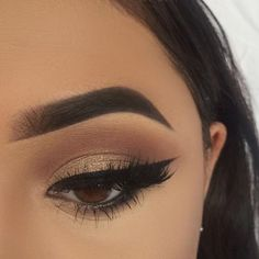 Eye Makeup Tips.Smokey Eye Makeup Tips - For a Catchy and Impressive Look Prom Makeup, Cute Makeup, Pretty Makeup, Wedding Makeup, Pageant Makeup, Perfect Makeup, Wedding Updo, Wedding Beauty, Makeup Goals