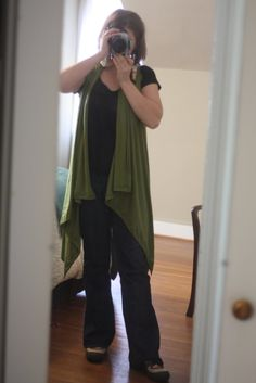 needs tweaked for taller/bigger people: 2 minute wrap: a tutorial... I did 18 down 9 in with 50 inches of fabric (rather than a yard)